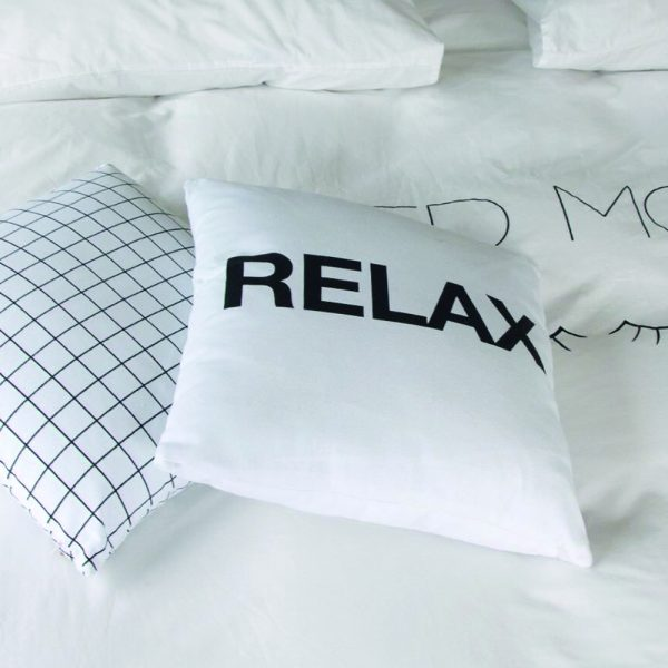 Zwart- wit kussen relax