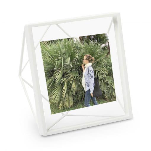 Witte Prisma fotolijst van Umbra 10 x 10 cm